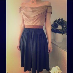 🦋D&G off shoulder corset dress-  silk and wool